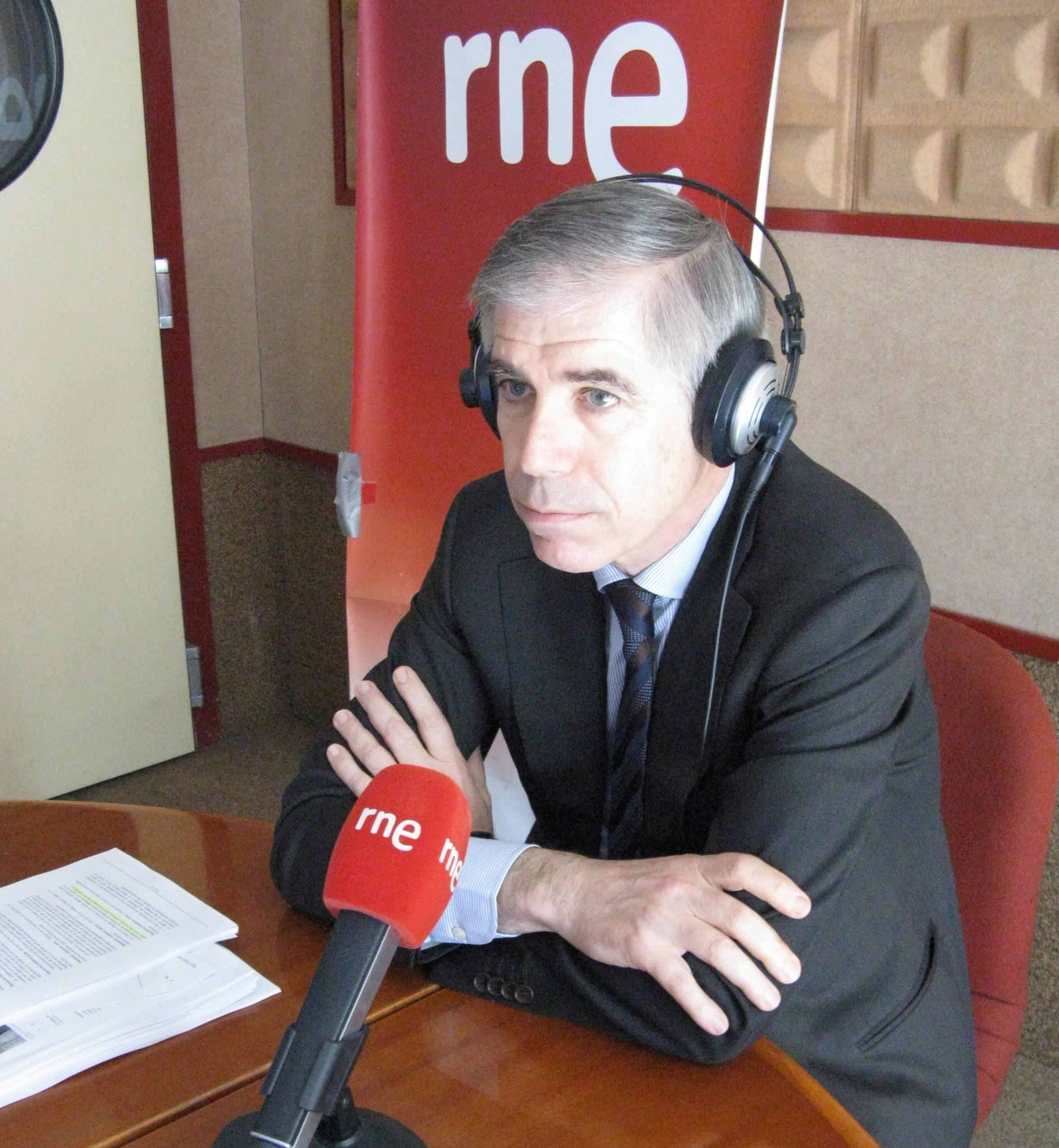 CÓMO EVITAR EL BLOQUEO DE LAS CUENTAS. RICARD TORRES EXPLICA EN RNE ESTA MEDIDA BANCARIA